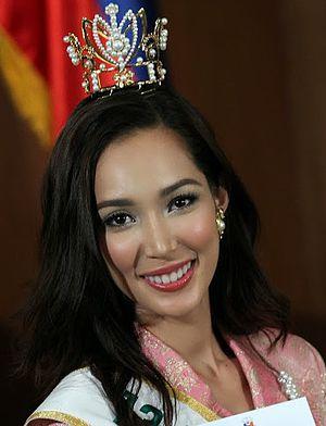 Bea Santiago