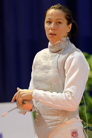 Edina Knapek